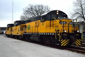 ETR-locomotive-108-cabooses
