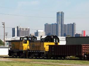 ETR-locomotive-detroit-skyline
